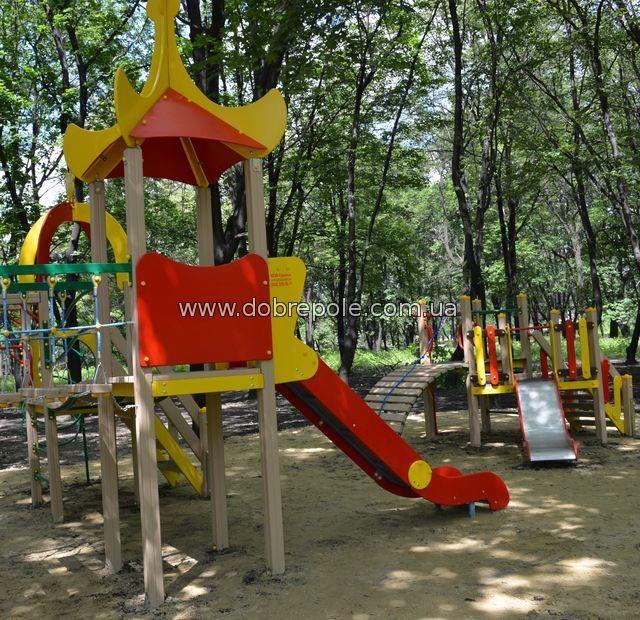 Детская площадка в доме отдыха